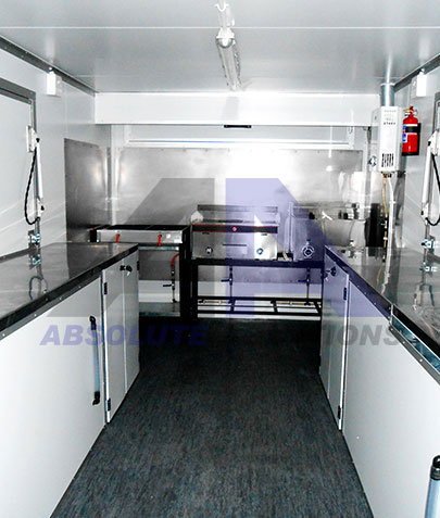 The 4m kitchen is any on-the-go caterer's dream. It is fitted with everything you will need to prepare meals that will spoil your clients