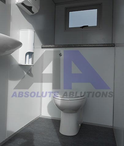 MAXI 8 RECYCLE TOILET / SHOWER